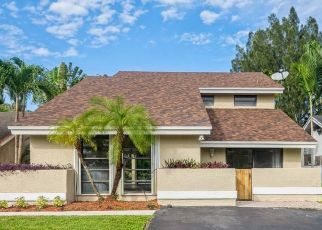 Foreclosed Home in Fort Lauderdale 33328 SW 39TH CT - Property ID: 4517462362