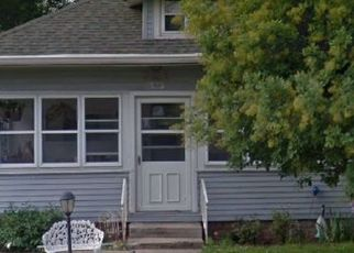 Foreclosed Home in Indianapolis 46208 W 32ND ST - Property ID: 4517485578
