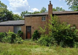 Foreclosed Home in Chicago 60643 W 110TH PL - Property ID: 4517496526