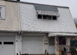Foreclosed Home in Allentown 18109 E CEDAR ST - Property ID: 4517531567