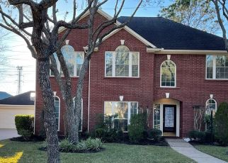 Foreclosed Home in Sugar Land 77478 MERRIWEATHER ST - Property ID: 4517569227