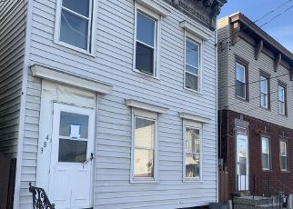 Foreclosed Home in Albany 12206 2ND ST - Property ID: 4517581491