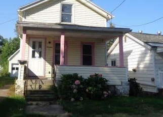 Foreclosed Home in Dunkirk 14048 N ERMINE ST - Property ID: 4517584560