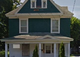 Foreclosed Home in Syracuse 13205 W NEWELL ST - Property ID: 4517599448