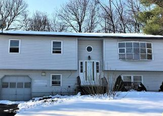 Foreclosed Home in New Windsor 12553 CAMBRIDGE CT - Property ID: 4517602967