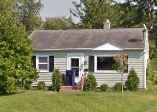 Foreclosed Home in Seneca Falls 13148 SENECA CIR - Property ID: 4517608200