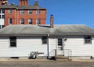 Foreclosed Home in Bridgeport 06606 ALICE ST - Property ID: 4517770701
