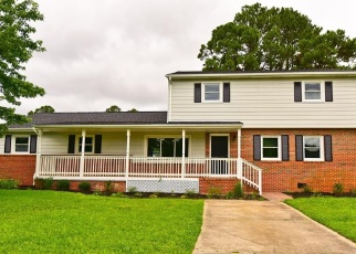 Foreclosed Home in Chesapeake 23323 PLUMMER DR - Property ID: 4517792149