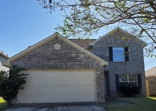 Foreclosed Home in Houston 77044 GREENSBROOK FOREST DR - Property ID: 4517814495