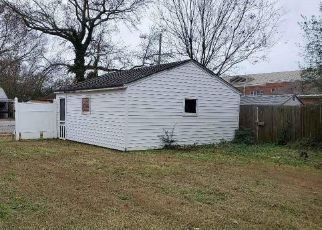 Foreclosed Home in Norfolk 23513 KENNON AVE - Property ID: 4517859608