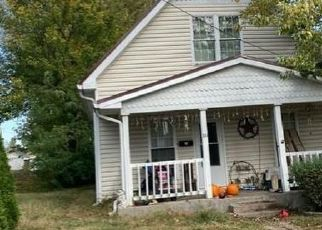 Foreclosed Home in Paris 61944 MOSS ST - Property ID: 4518080795