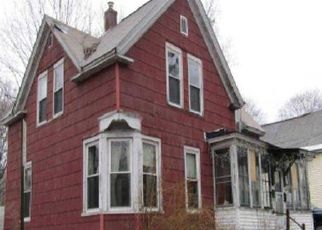 Foreclosed Home in Mechanic Falls 04256 YATES ST - Property ID: 4518089997