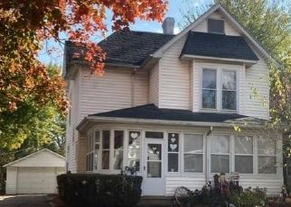 Foreclosed Home in Paris 61944 ALEXANDER ST - Property ID: 4518092162