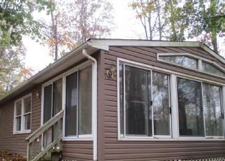 Foreclosed Home in Sellersville 18960 BETHLEHEM PIKE - Property ID: 4518182387