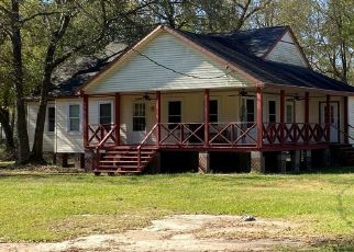 Foreclosed Home in New Caney 77357 SCOTT GARDNER RD - Property ID: 4518183262