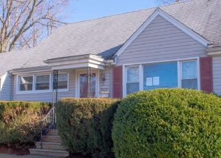 Foreclosed Home in South Plainfield 07080 PLAINFIELD AVE - Property ID: 4518324291