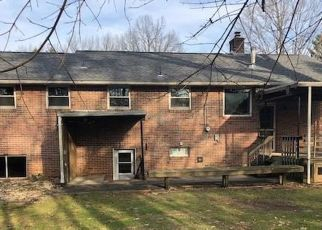 Foreclosed Home in Reading 19609 UPLAND RD - Property ID: 4518336110