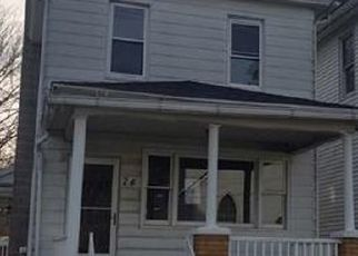 Foreclosed Home in Wilkes Barre 18706 CIST ST - Property ID: 4518339178