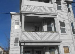 Foreclosed Home in Bridgeport 06607 CLIFFORD ST - Property ID: 4518347505