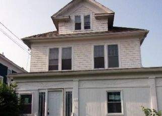 Foreclosed Home in Albany 12209 WHITEHALL RD - Property ID: 4518377285