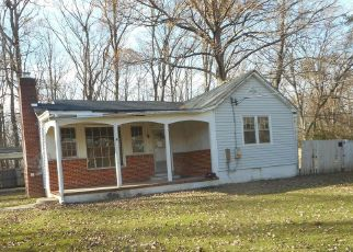 Foreclosed Home in Clinton 20735 DANGERFIELD RD - Property ID: 4518394366