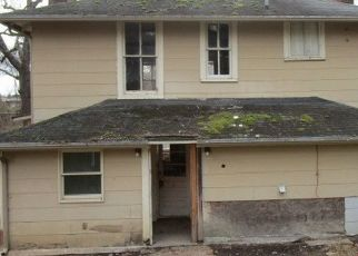 Foreclosed Home in Staunton 24401 MORRIS MILL RD - Property ID: 4518406637