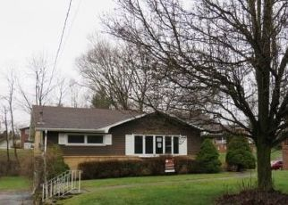 Foreclosed Home in Bethel Park 15102 BERRYMAN AVE - Property ID: 4518422849