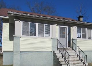 Foreclosed Home in Harrisburg 62946 W BAKER ST - Property ID: 4518443420