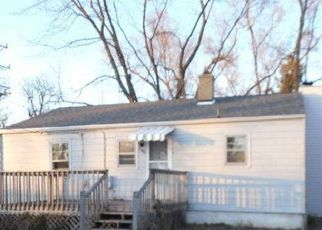 Foreclosed Home in Kankakee 60901 W JEFFERY ST - Property ID: 4518490282