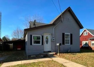 Foreclosed Home in Frankfort 46041 SIMS ST - Property ID: 4518492930