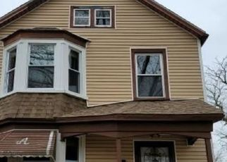 Foreclosed Home in Chicago Heights 60411 GREEN ST - Property ID: 4518499482