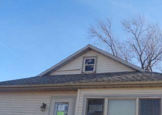 Foreclosed Home in Watseka 60970 N 2230 EAST RD - Property ID: 4518502102