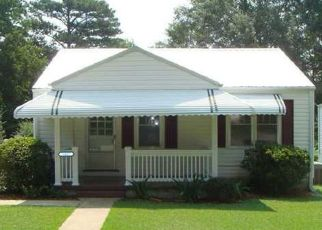 Foreclosed Home in Bessemer 35023 28TH AVE N - Property ID: 4518529261