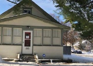 Foreclosed Home in Minneapolis 55406 36TH AVE S - Property ID: 4518729870