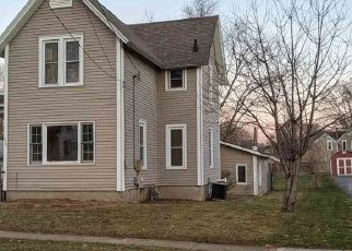 Foreclosed Home in Belvidere 61008 MAPLE AVE - Property ID: 4518799498