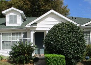 Foreclosed Home in Pensacola 32514 NANTUCKET PL - Property ID: 4518819650