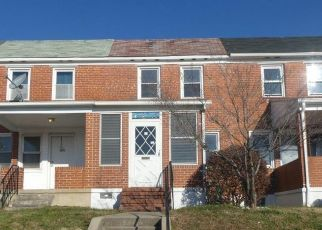 Foreclosed Home in Dundalk 21222 BROENING RD - Property ID: 4518942717