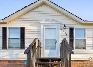 Foreclosed Home in Hope Mills 28348 ELITE CT - Property ID: 4519012352