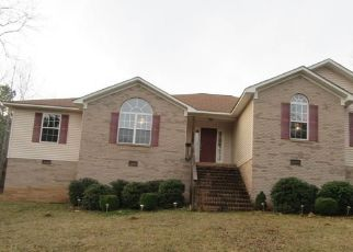 Foreclosed Home in Munford 36268 CHINNABEE RD - Property ID: 4519058338