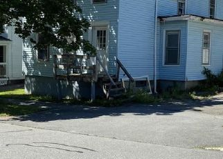 Foreclosed Home in Bangor 04401 SANFORD ST - Property ID: 4519100832