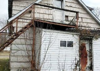 Foreclosed Home in Salem 62881 S FRANKLIN ST - Property ID: 4519116589