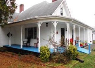 Foreclosed Home in Bluff City 37618 TENNESSEE AVE - Property ID: 4519307998