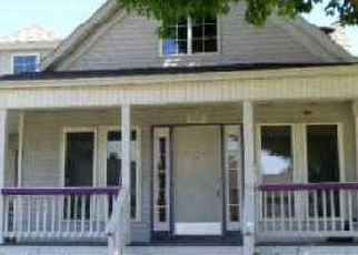 Foreclosed Home in Iron Mountain 49801 W D ST - Property ID: 4519467856