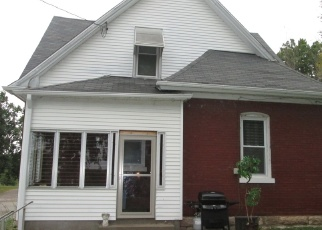 Foreclosed Home in Quincy 62301 N 12TH ST - Property ID: 4519550625