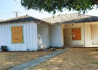Foreclosed Home in Visalia 93291 N CONYER ST - Property ID: 4519643925