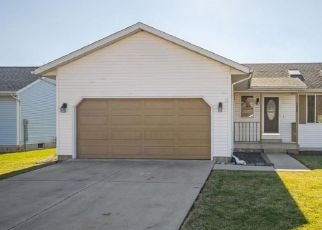 Foreclosed Home in Springfield 62702 SUTHERLAND RD - Property ID: 4519646539