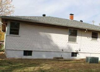 Foreclosed Home in Belleville 62226 N 50TH ST - Property ID: 4519652230