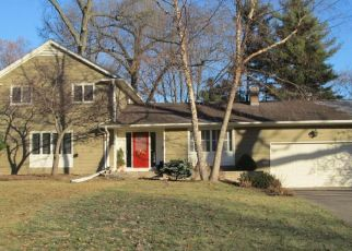 Foreclosed Home in Rock Island 61201 36TH AVE - Property ID: 4519653998