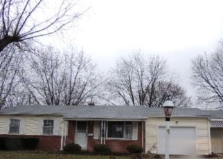 Foreclosed Home in Gas City 46933 CHERRY LN - Property ID: 4519714871