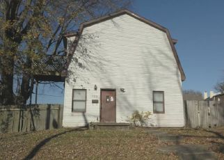 Foreclosed Home in Fort Branch 47648 W WALNUT ST - Property ID: 4519715747